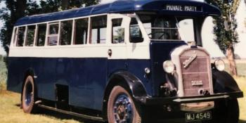 1932 Blue/Grey half cab - MJ 4549